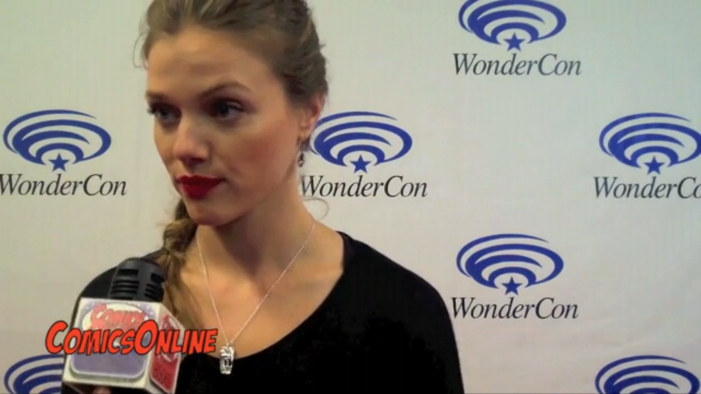 Revolution Tracy Spiridakos